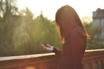因为异地恋分手怎么挽回男朋友:学会有效沟通